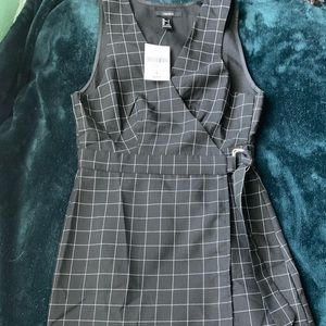 Geometric wrap dress from forever 21 NWT